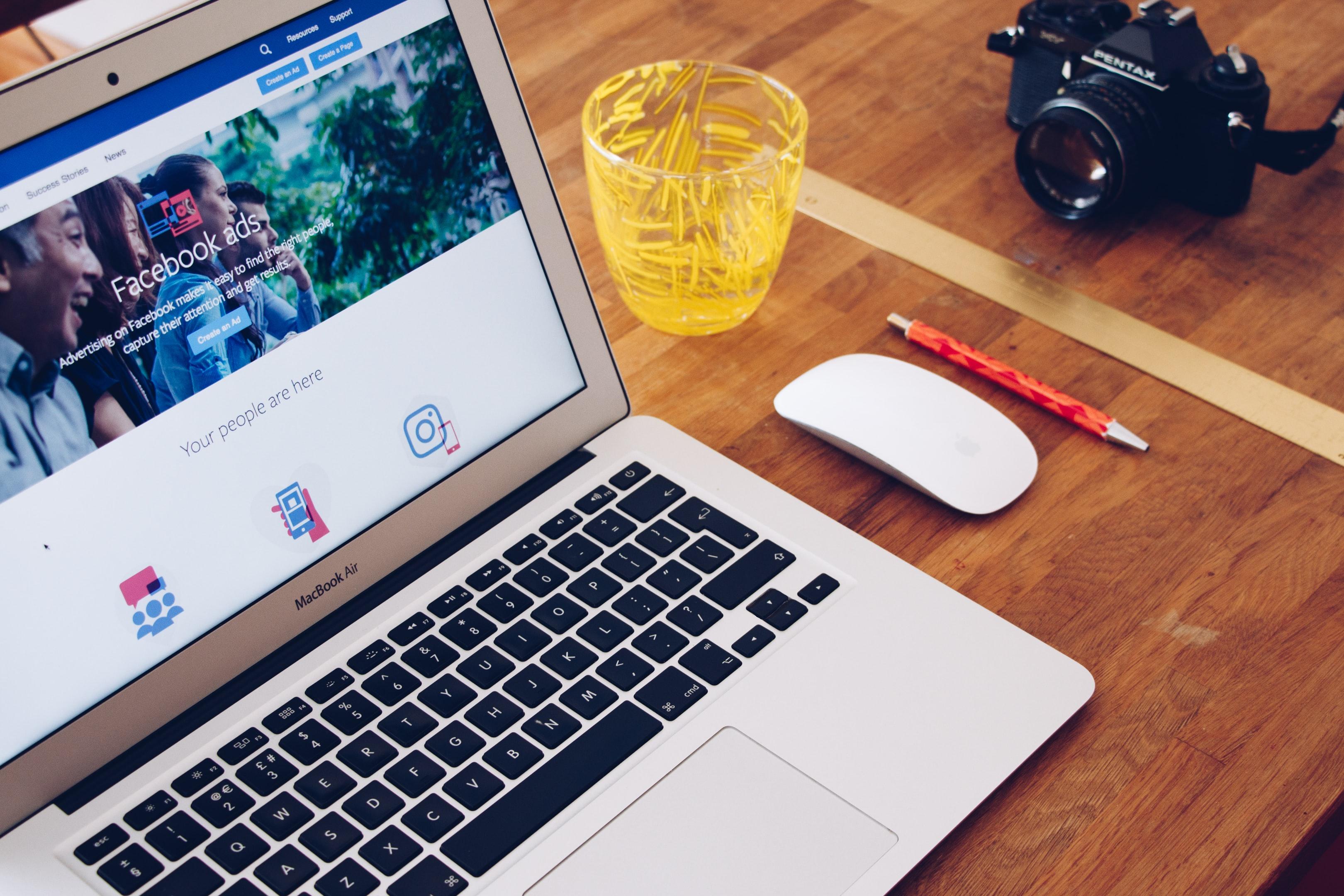 Facebook Ads header
